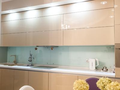 панель мдф над кухней в цвет фасадов