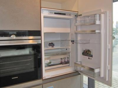 Встроенный холодильник siemans хорошее решение