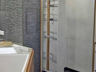 Хозяка по достоинству оценит функциональность выдвижной колонны от немецкого производителя
