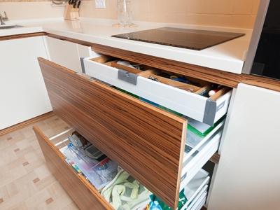 внутренний ящик blum tandembox для организации хранения