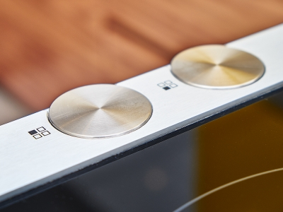 поворотные регуляторы на варочной панели-механика всегда удобнее сенсорных наворотов