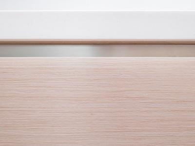 мелкий рисунок шпона дуба - отличное и универсальное решение для современных домов