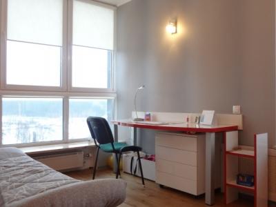 письменный стол также выполнен общим заказом