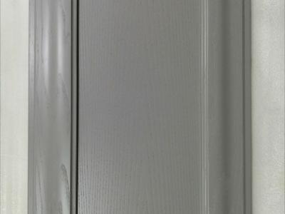 Широкая рамка фасада эксклюзивная фрезировка придает модели неповторимый изысканный стиль