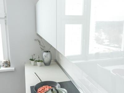 стекло зрительно увеличивает пространство кухни