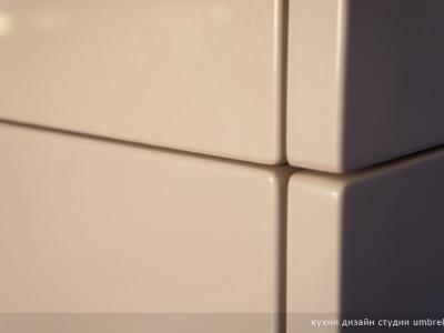 материал отделки- перламутровый мдф (эмаль)
