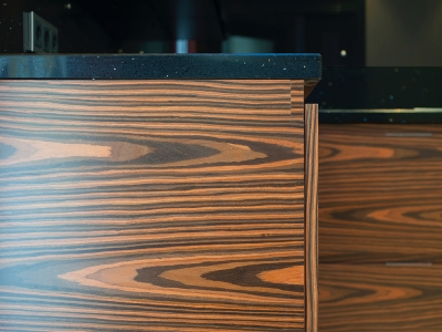 наборный шпон древесины макассара