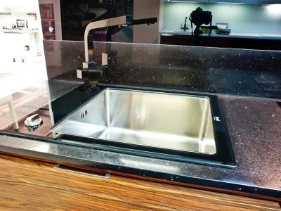 мойка zorg из нержавеющей стали с накладкой из стекла