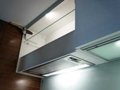 светильник с фотоэлементом- влючает свет при открывании ящика