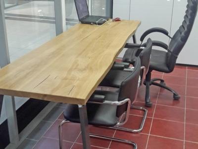 Дизайнерский стол изготавливается длиной от 1м до 3м