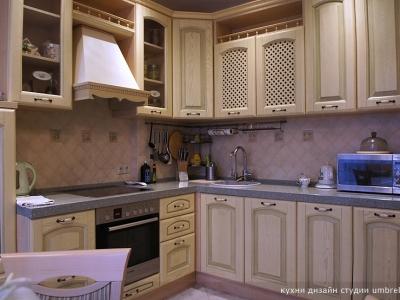 классический угловой вариант кухни