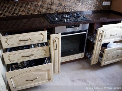 разнообразные ящики для кухни