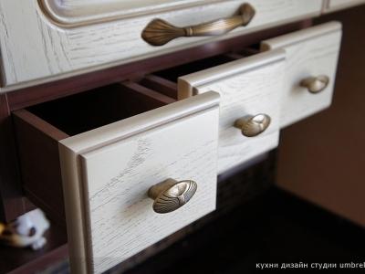 выдвижные ящики для специя и хранения мелочей