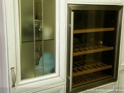 винный шкаф для кухни
