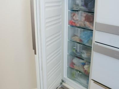 Встраиваемая морозильная камера