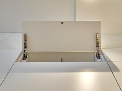 шкафы без ручек открываются нажатием