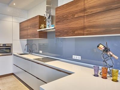 строгость и минималистичность- основные тенденции современной кухни