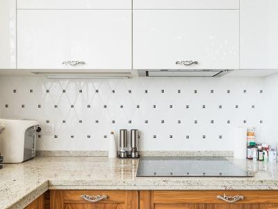 дорогая и эффектная плитка для кухни