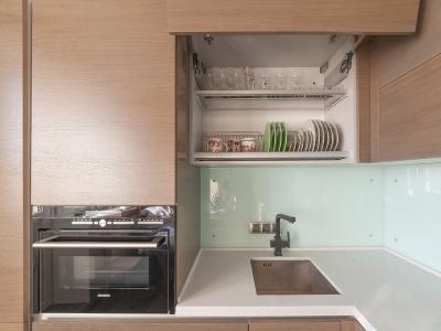 доступ в верхний угол осуществляется через соседний шкаф