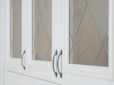 витрины с фацетным рисунком