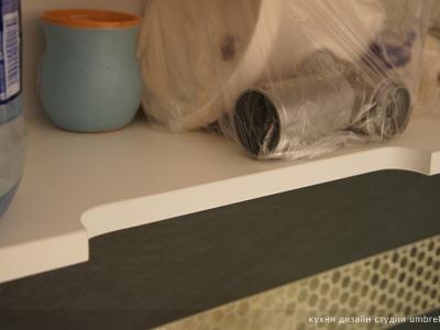 возможность открывать ящики кухни без ручек