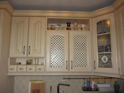 сетки из древесины для вентиляции на фасадах кухни