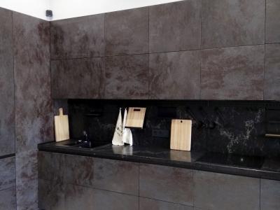 Столешница и стеновая панель из композита кварца